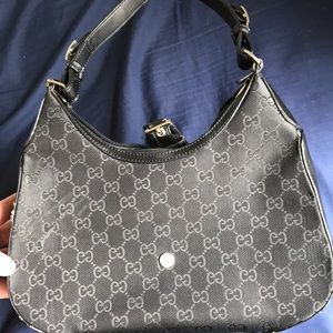 Black gucci print purse